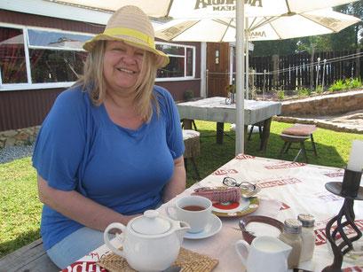 19.05.2014 Stärkung vor der Wanderung in Kaapsche Hoop