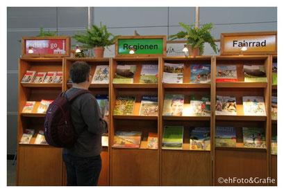 Via Kataloghaus - Reisekataloge, Urlaubskataloge, Reiseprospekte
