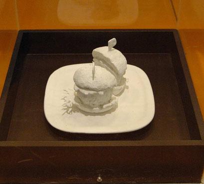 3d illustrationen (Gips+Gold-objekte) für Deutsches Hygiene Museum Dresden