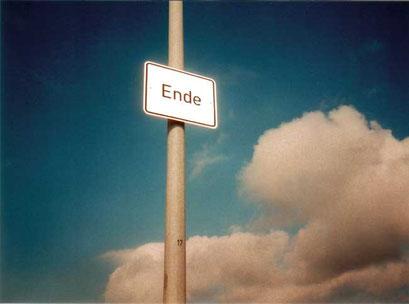 ende, zwischen den deichen, büsum, 2000, fake traffic signs to mark the end of germany, copyright chantal labinski and marcel hager