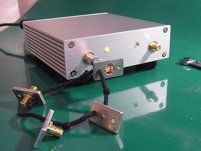 Port1 に OPEN標準器を接続して CAL する様子