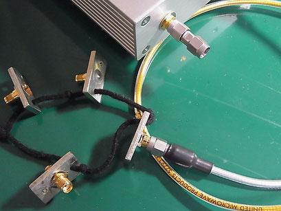 Port2 に LOAD標準器を接続して ISOL'N の CAL をしている様子