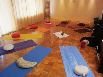 Janina Gradl Yoga und Lomi-Yoga Raum in Schäflohe