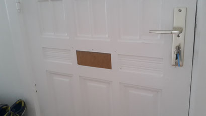 Die Polizei und Versicherungen raten zum Einbruchschutz für Türen. Türsicherung Hamburg Montagebespiel_10