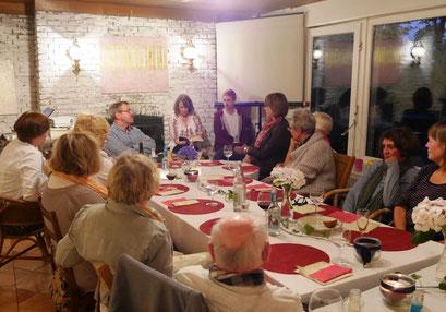 Galerie Cavissamba in Haselau - Rumänischer Abend bei Leni Rieke