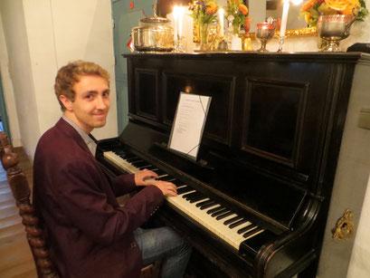 Kleines Gesellschaftshaus in Rellingen - Musik zur Romanreihe von Maximilian J. Zemke
