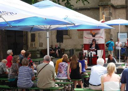 Literaturfest Meißen - Lesung auf dem historischen Heinrichsplatz