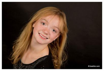 #Kinderfeest #fotoshoot #Fotofeestje in #oosterhout #Glamourparty #Model-voor-1-dag #breda #regio #Glamourshoot #bsafoto #Grote #foto's #Kinderfeestje #leukstefoto #Modelvoor1dag #fotoshoot