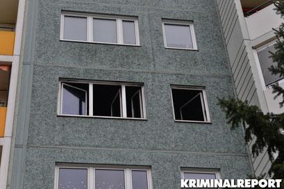In der Wohnung im 4.OG soll ein Sofa gebrannt haben.|Foto: Dennis Brätsch