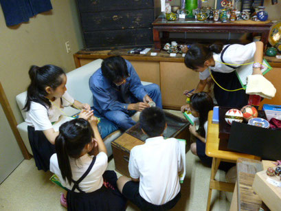 地元 寺井小学校のかわいい取材班 九谷焼の未来について