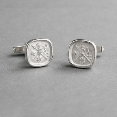 Manschettenknöpfe mit Wappen als Relief, 925er Silber