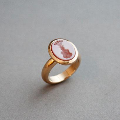 Herren Wappenring mit  einem rotem Lagenachat , Ring 750er Roségold