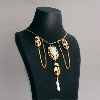 750er Gelbgoldkette, sehr feine Opale und eine Perle, Jugendstil Réplique