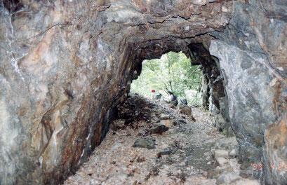 トロッコ用トンネル(99年)