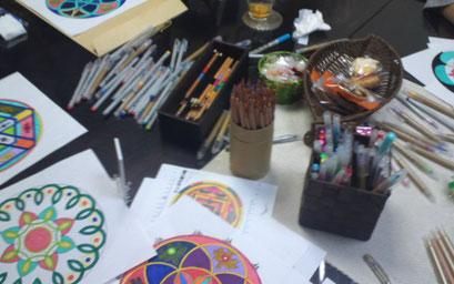 曼荼羅塗り絵ワークショップ