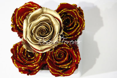 ROSOLO FOREVER: 4 Roses éternelles dans un pot carré / or et bordeau