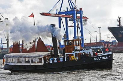 WOLTMAN zur Parade Hamburger Traditionsschiffe 2012