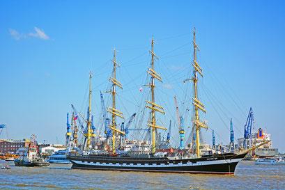 KRUZENSTHERN zum 827.Hamburger Hafengeburtstag