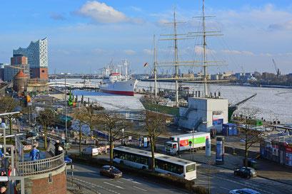Winter im Hamburger Hafen