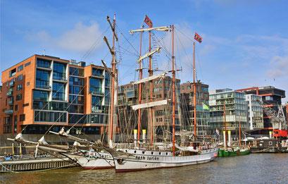 Am Traditionsschiffhafen