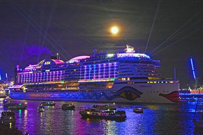 AIDAperla zu den Hamburg Cruise Days 2019