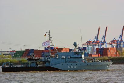 M1090 zum 828.Hamburger Hafengeburtstag