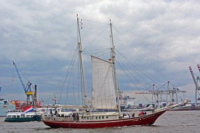 ELDORADO (Zweimastlogger/NL) beim 824.Hamburger Hafengeburtstag 2013