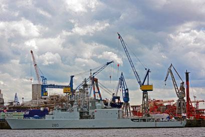 IROQUOIS 280 (Fregatte/Kanada) zum Hamburger Hafengeburtstag 2013