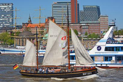 HF231 LANDRATH KÜSTER zum 827.Hamburger Hafengeburtstag