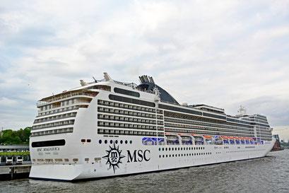 MSCX MAGNIFICA am HCC Altona beim 824.Hamburger Hafengeburtstag 2013