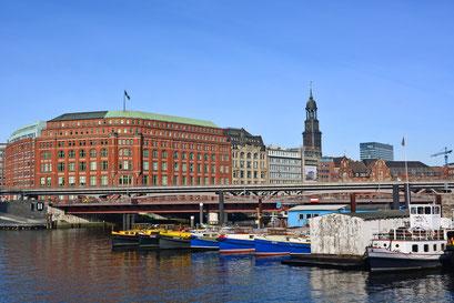 Binnenschiffhafen im milden Winter 2013/2014