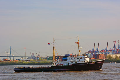 ELBE zum 828.Hamburger Hafengeburtstag