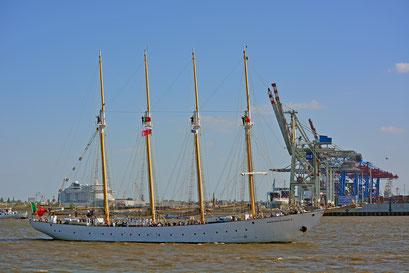 SANTA MARIA MANUELA zum 827.Hamburger Hafengeburtstag