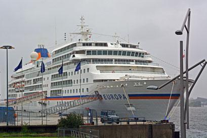 MS EUROPA am HCC Hafencity am 02.09.2013