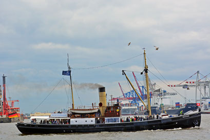 BUSSARD zum 824.Hamburger Hafengeburtstag 2013
