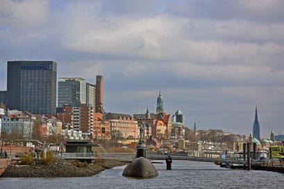 Hamburger skyline und U 434