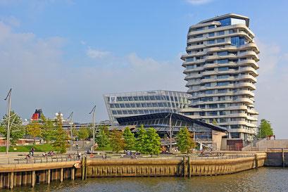 Unilever und Marco Polo Tower im August 2015