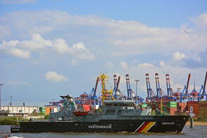 """KÜSTENWACHE SEEFALKE CUXHAVEN 219 """"SACHSEN"""" (Fregatte/Deutschland) zum Hamburger Hafengeburtstag 2013"""