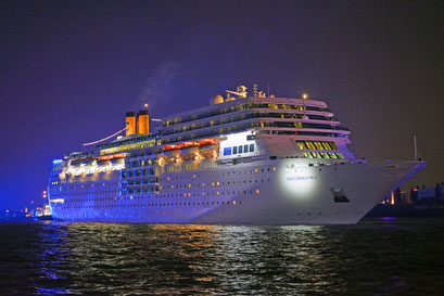 COSTA neoROMANTICA zu den Hamburg Cruise Days am 11.09.2015