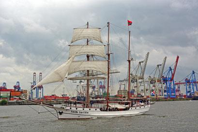 loth lorien zum 825.Hamburger Hafengeburtstag 2014