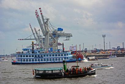 TIGER zum 824.Hamburger Hafengeburtstag 2013