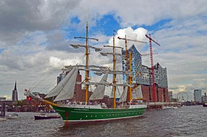 ALEXANDER VON HUMBOLDT II (3-Mast-Bark/D) beim 823.Hamburger Hafengeburtstag 2012