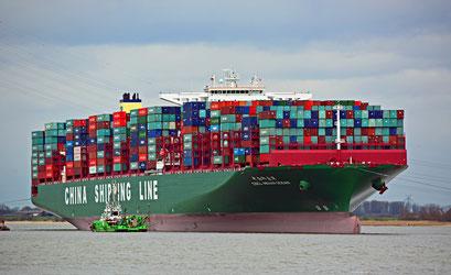 INDIAN OCEAN, festsitzend im Schlick der Elbe vor Stade am 07.02.2016