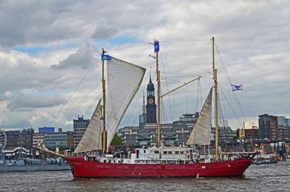 SUNTHORICE beim 823.Hamburger Hafengeburtstag 2012