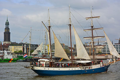 ATLANTIS zum 828.Hamburger Hafengeburtstag