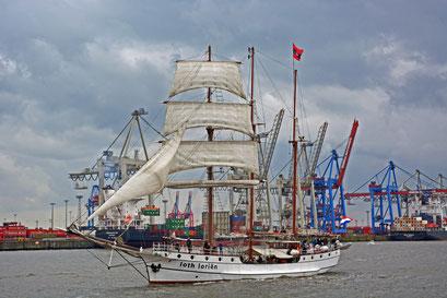 loth loriens zum 825.Hamburger Hafengeburtstag 2014