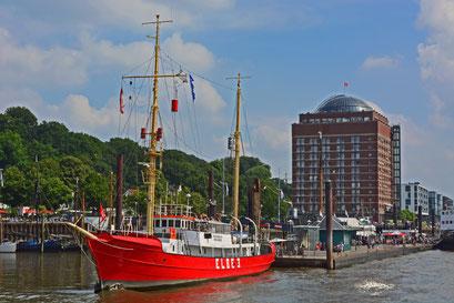 Museumshafen Övelgönne (Feuerschiff ELBE 3) im Juli 2014
