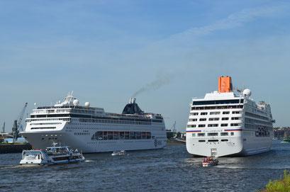MS COLUMBUS 2 u. MSC LIRICA zu den Hamburg Cruise Days 2012