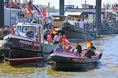Im Museumshafen Övelgönne zum 827.Hamburger Hafengeburtstag 2016