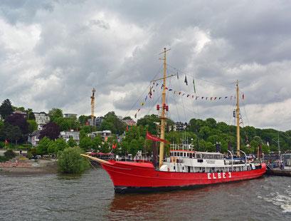 ELBE 3  im Museumshafen Övelgönne zum 825.Hamburger Hafengeburtstag 2014